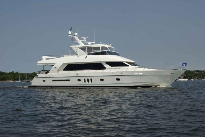 82' Hargrave Open Bridge Yacht Adventure Us