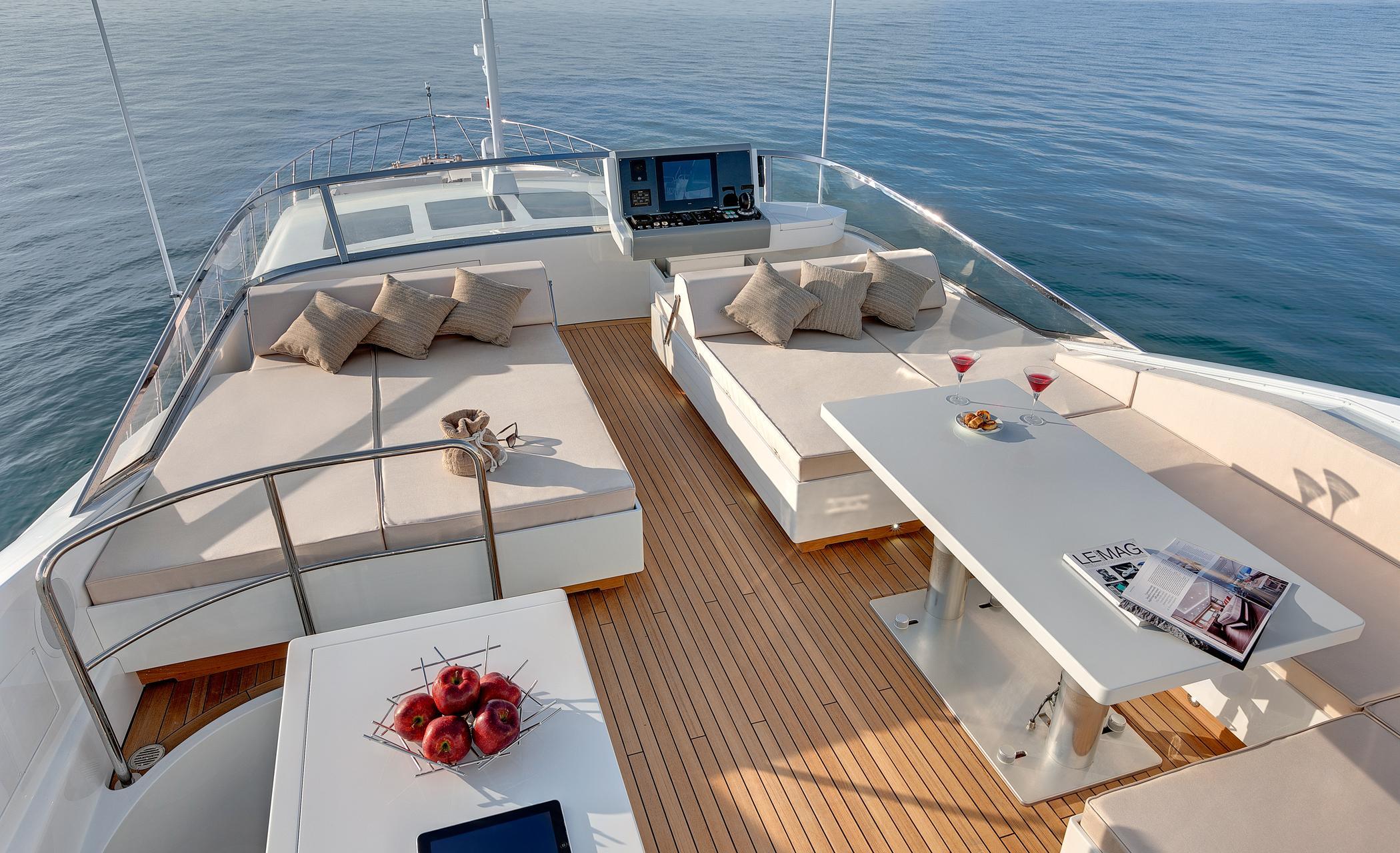 Aboard Mangusta 110 Yacht