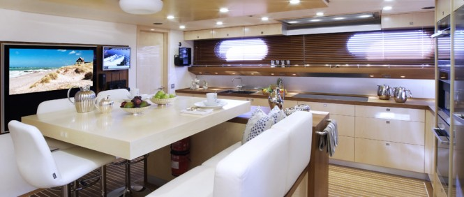 Motor yacht AeroCruiser 38 II FLY - Galley