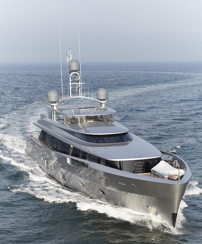 Luxury yacht COMO - front view - Image courtesy of Feadship