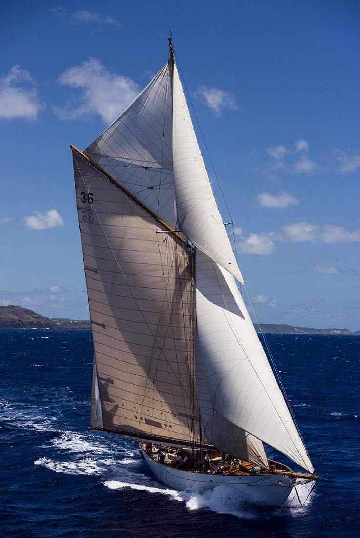 Thendara sailing in the Antigua Classic Yacht Regatta, Windward Race.