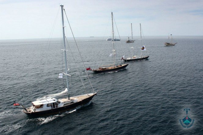 ASR 2012 - The superyacht fleet out at sea