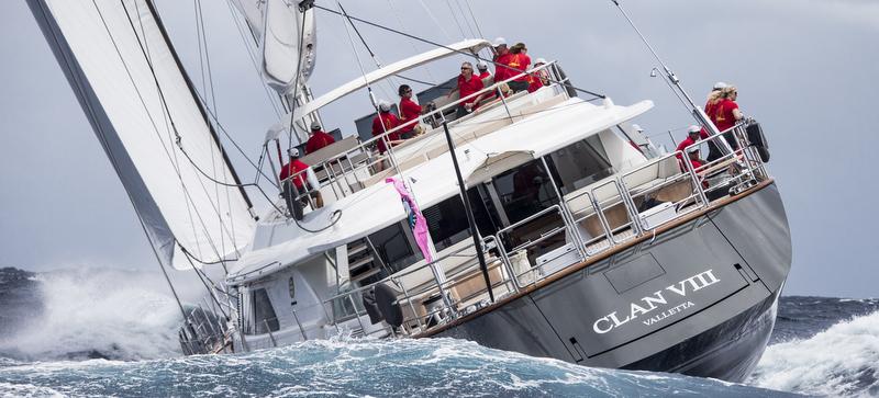 Clan VIII Yacht - aft view