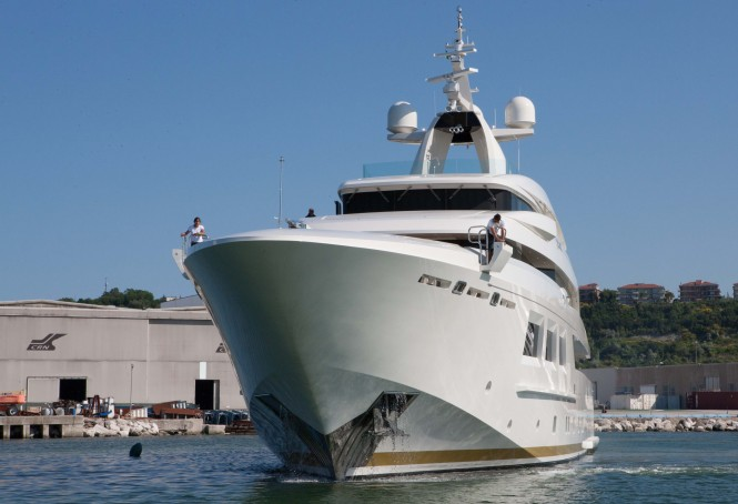 Luxury super yacht SARAMOUR by CRN