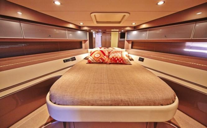 Sakura yacht - Onwer cabin - Image credit to easyboats.com