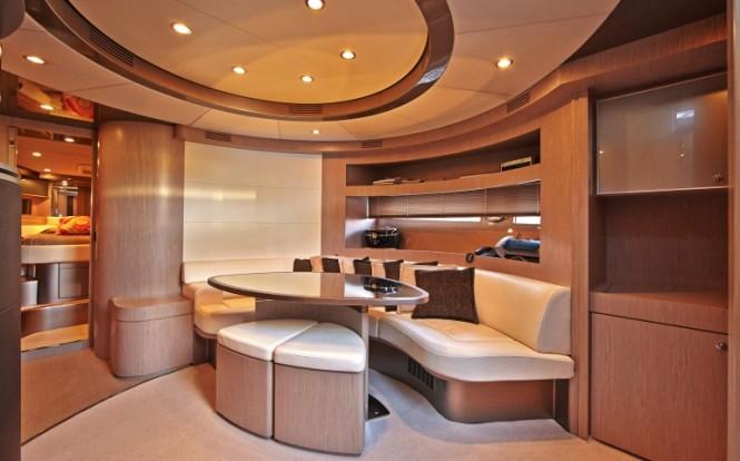 Sakura yacht - interiors - Image credit to easyboats.com