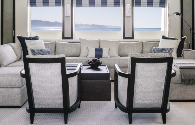TURQUOISE Yacht - Sky Lounge Seating