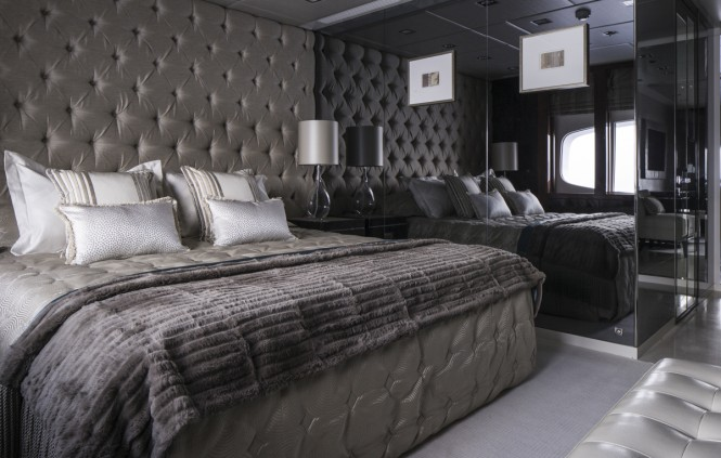 Turquoise yacht - VIP Cabin