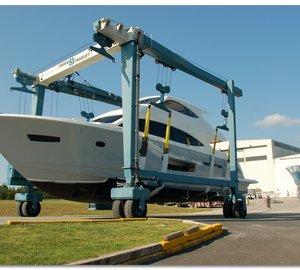 New motor yacht Viking 75 hits the water