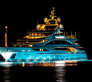 Photos: Benetti motor yacht DIAMONDS ARE FOREVER by night