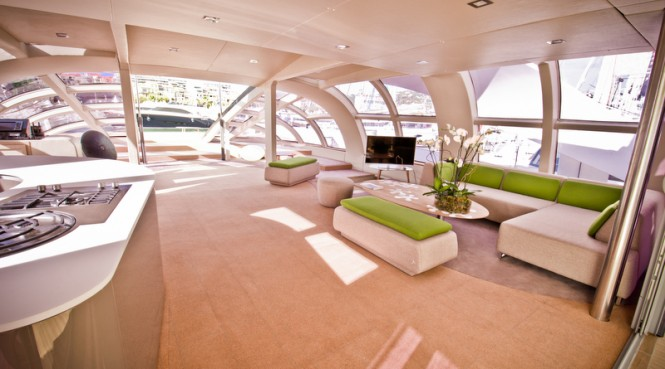 AIR 77 Yacht - Saloon