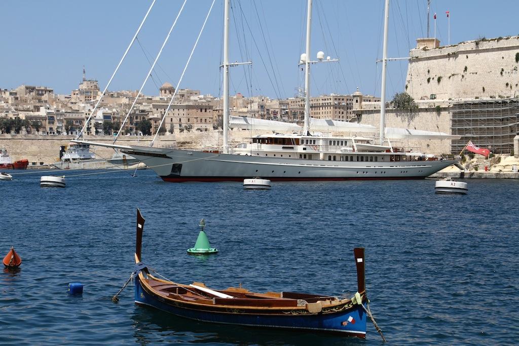 Huisfit Athena yacht - Malta photo by Max Cumming