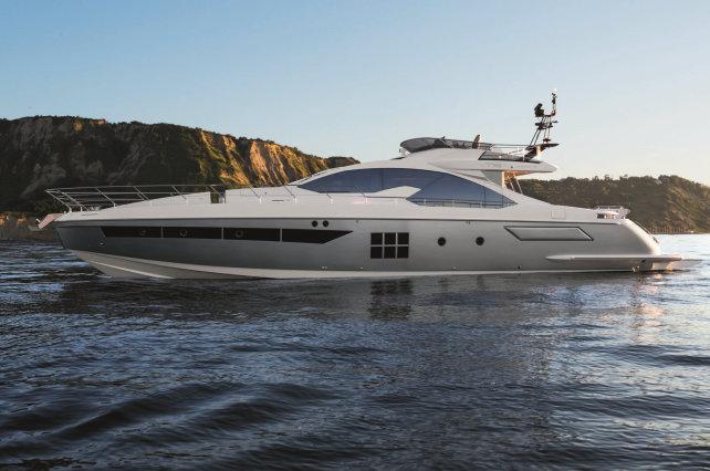 Luxury yacht Azimut 77S