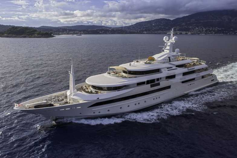 Luxury motor yacht Chopi Chopi by CRN