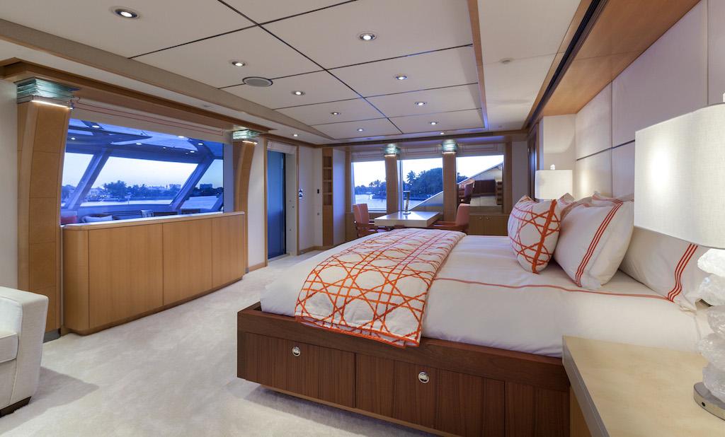 Charter Yacht VICTORIA DEL MAR - Photo by Jim Raycroft