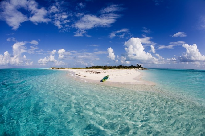 Kayak in Eleuthera - Photo credit to the Bahamas Ministry of Tourism