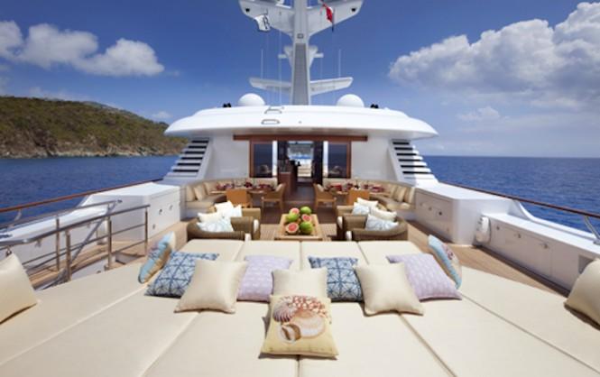 LADY BRITT yacht - Sundeck