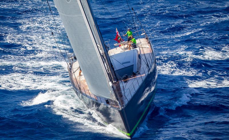 Luxury yacht WinWin - front view - Photo by Jesus Renedo