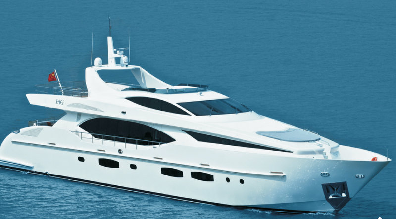 Luxury motor yacht Electra 100' by IAG Yachts
