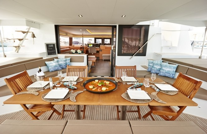 LIR - Alfresco aft deck dining
