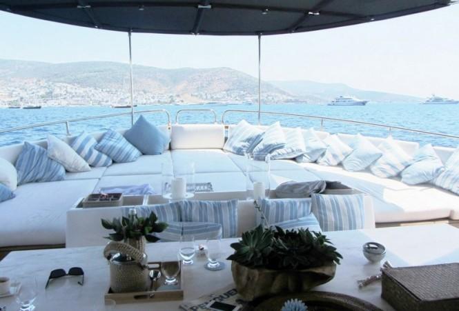 Le Lutteur Yacht - Exterior