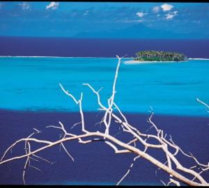Tahiti Yacht Charter aboard  Sailing Yacht Lupa Of London