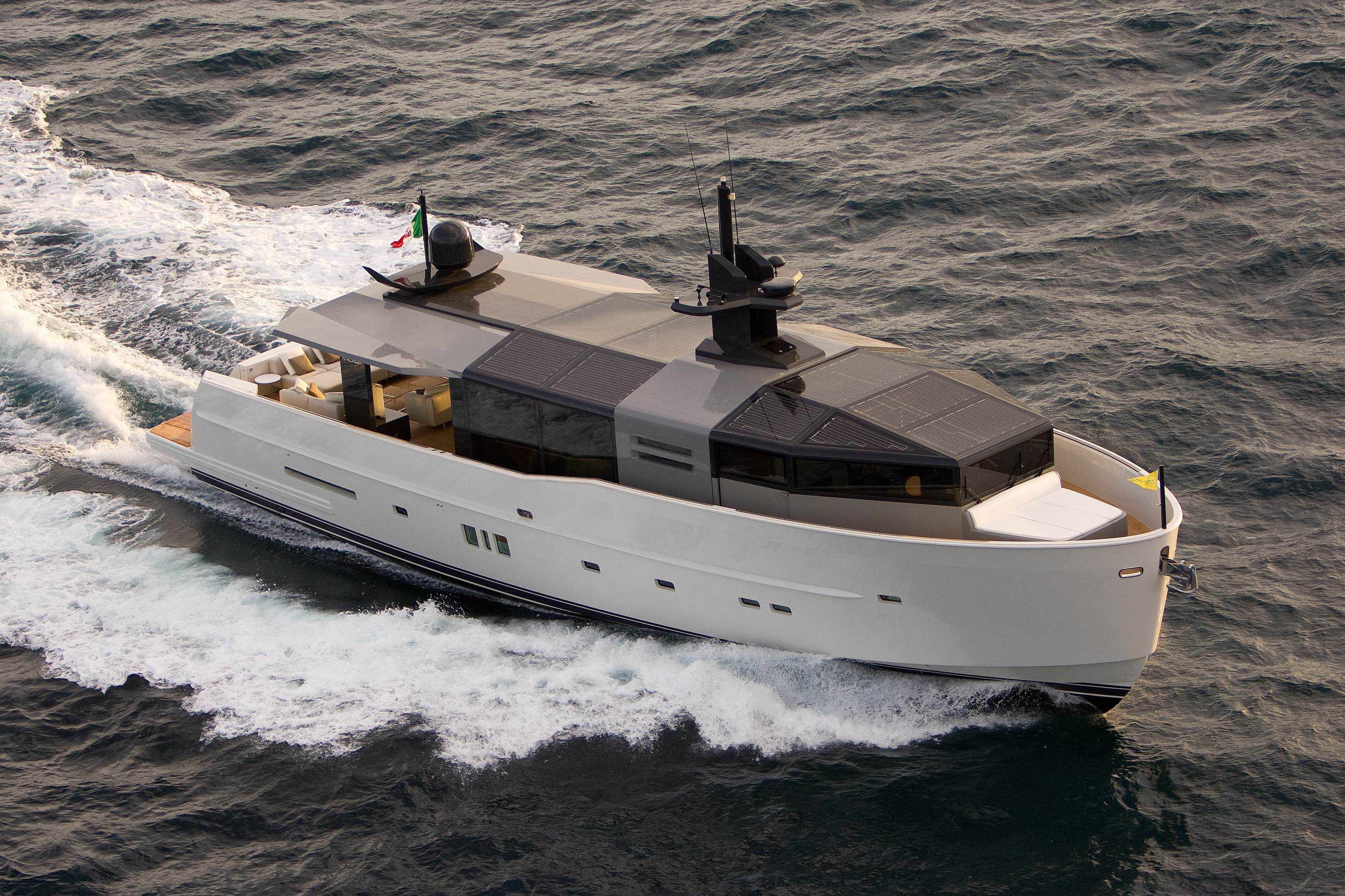 Arcadia 85 Hull 07 Motor Yacht Lady 007 Delivered In Hong