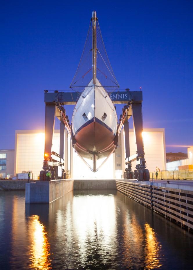 Adix Yacht Splash and Rig in