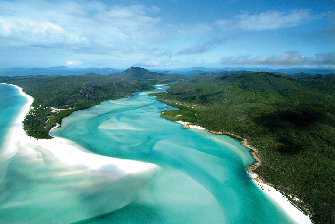 Hamilton Island - Great Barrier Reef Hill Inlet Whitehaven - Photo courtesy of South Pacific Superyachting