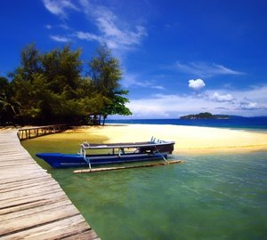 Indonesia Charter Special: 9 Nights of ZEN Yacht Charter in Komodo