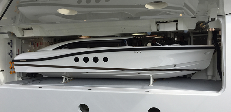 SL8.0m Limousine for Mega Yacht MADAME KATE