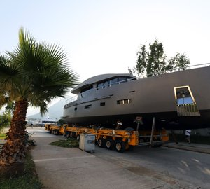 Bering Yacht launch luxury yacht Bering 70