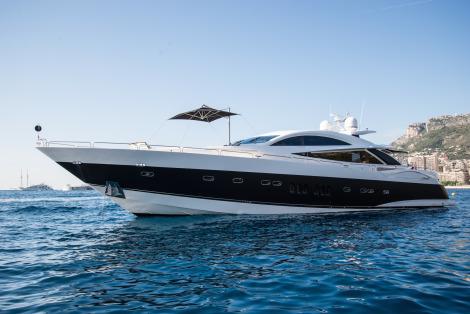 Party Planning Aboard Sunseeker Predator 108 Yacht Zulu Yacht