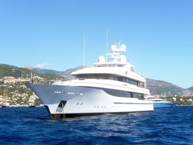 Feadship Yacht LADY BRITT off Monaco - Photo by Dirk-Jan Vermeij and Feadship Fanclub