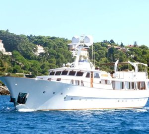 Beautiful 35m Classic Motor Yacht BEIJA-FLOR by FEADSHIP