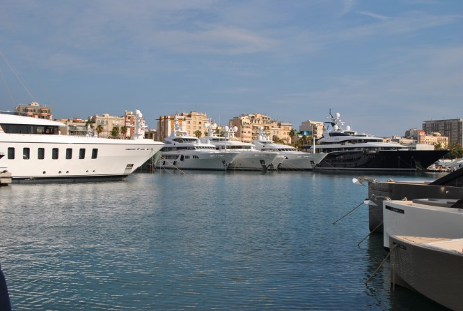 Port Vell hosting luxury superyachts - Photo by Peter Franklin