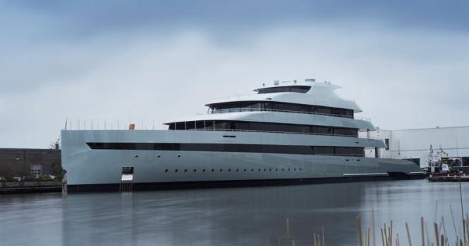 Superyacht Savannah on the water