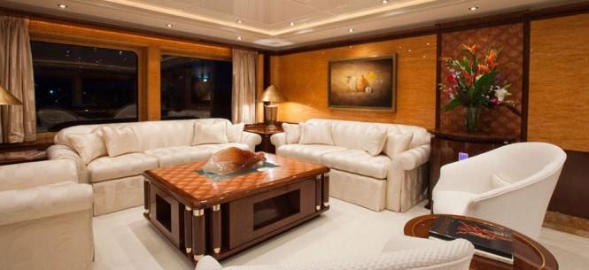 Yacht LADY LOLA -  Main Salon