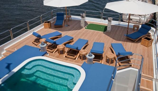 Yacht LADY LOLA -  Sundeck Plunge Pool