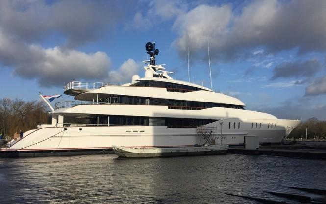Luxury Yacht VANISH - Image credit to Eidsgaard Design