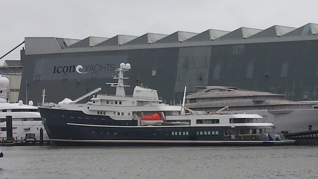 Luxury mega expedition yacht LEGEND