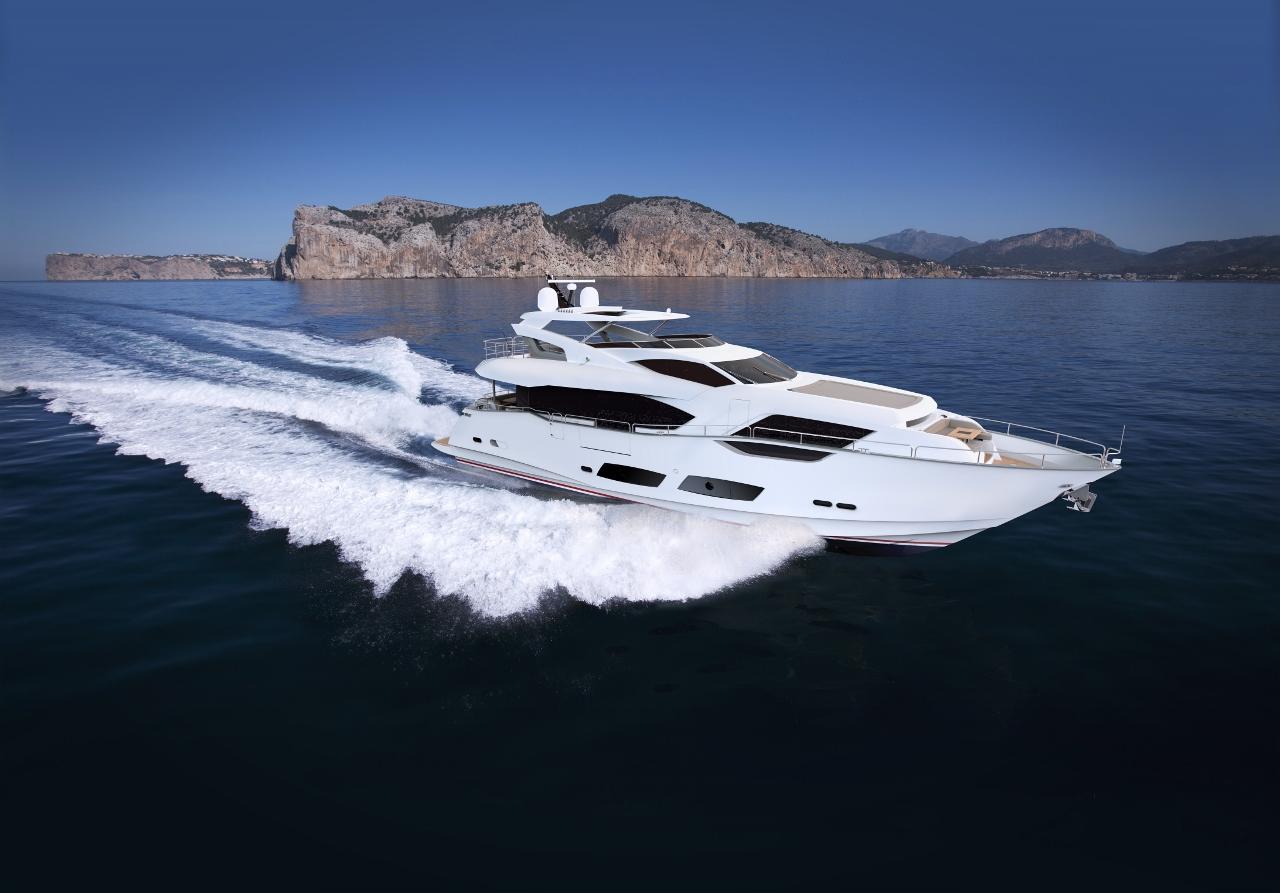 95 Yacht by Sunseeker