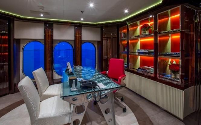 DREAM - Master Office