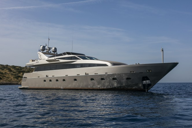 LUMAR available for charters in Greece