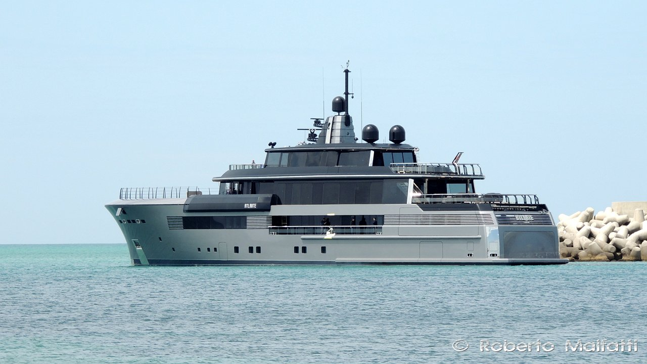Superyacht ATLANTE in Italy