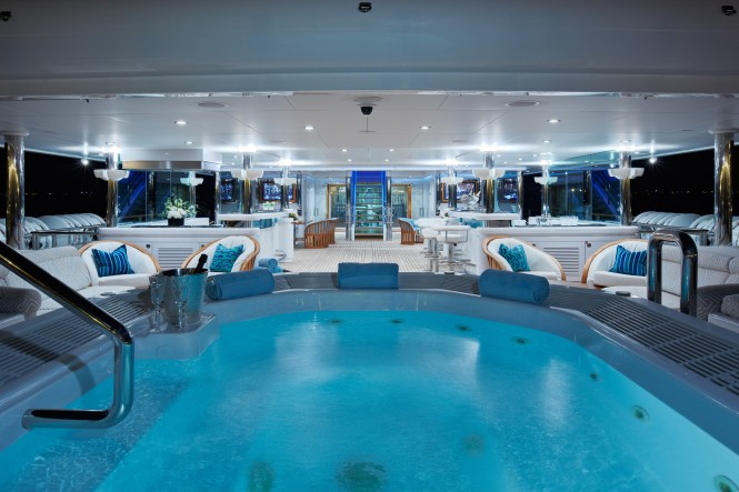 Superyacht PEGASUS V (ex PRINCESS MARIANA) -  Swimming Pool