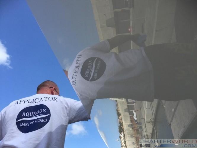 High-gloss ceramic yacht coating
