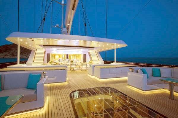 The impressive architecture of sailing yacht AQUIJO makes the ideal location to see in New Year's Day