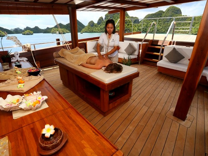 Enjoy the services of a highly skilled crew aboard sailing yacht LAMIMA