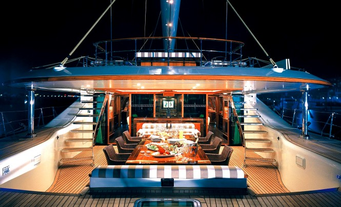 Alfresco dining aboard the magical luxury sailing yacht TIARA - the largest sailing yacht from Dubois to date